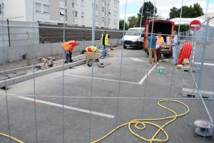 Chantier GREEN SPOT 1 Carrefour Market CAUDERAN près de Bordeaux site BLUE2BGREEN